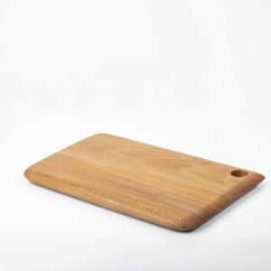 planche à découper en bois de platane jurassien