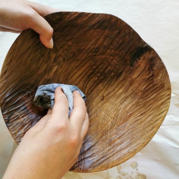 coupe fruit bois noyer sculpte